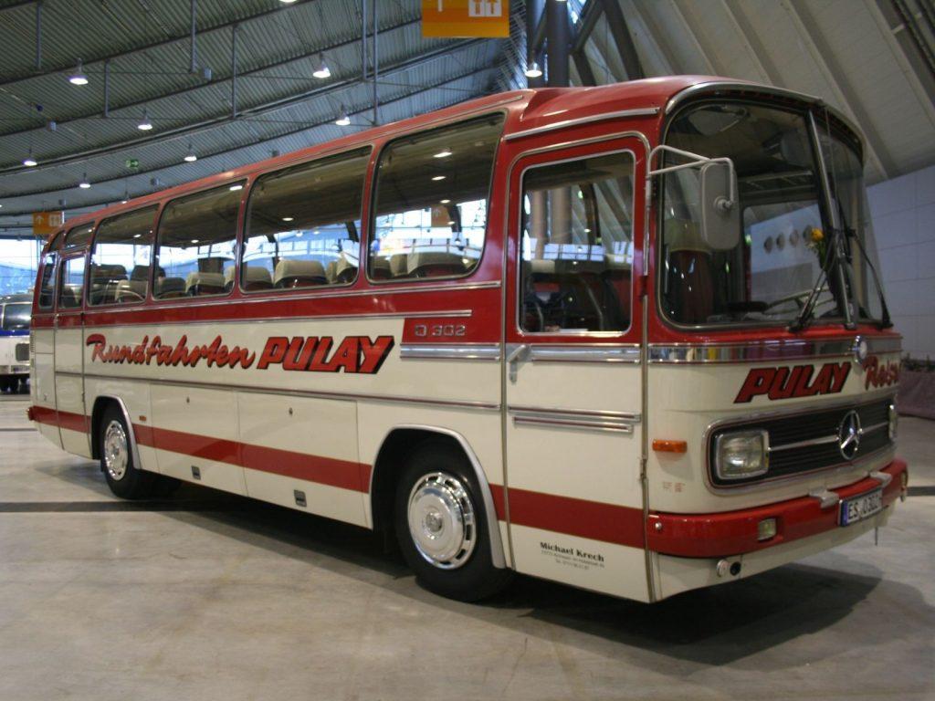 اتوبوس O302
